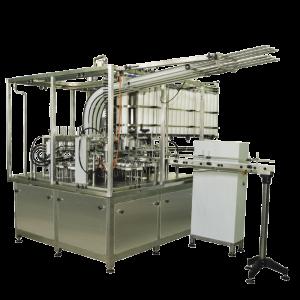 Automat trojřadý pro plnění do plastových kelímků